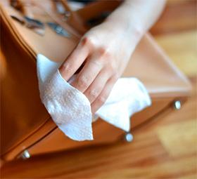 Как ухаживать за кожаной сумкой